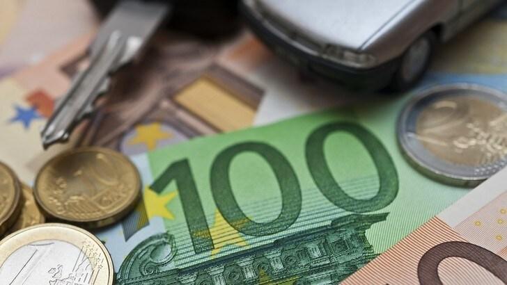 Mercato auto Italia, Unrae: la stima ad aprile è un -98%