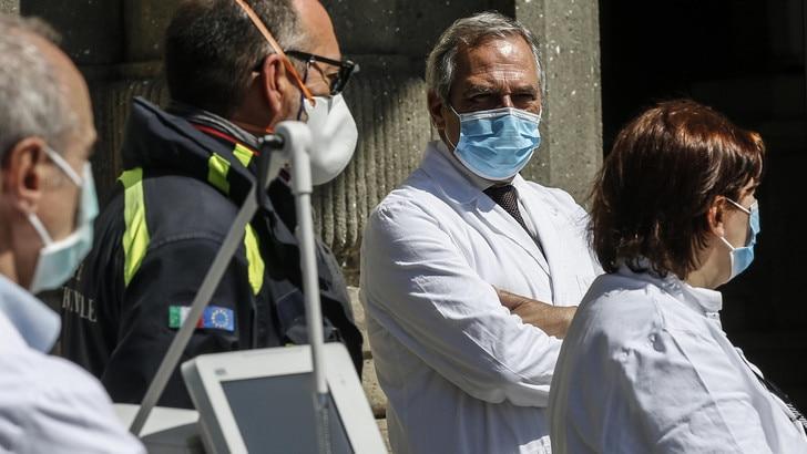 Coronavirus, i numeri in Italia: 243 morti oggi