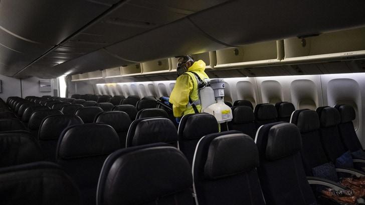 """""""Voli in aereo, ecco i posti per evitare di essere contagiati"""""""