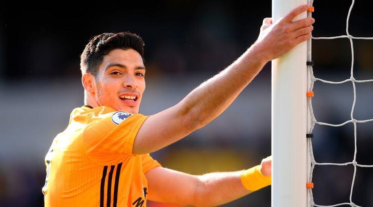 Jimenez è l'alternativa: c'è anche l'attaccante messicano nella lista di Paratici