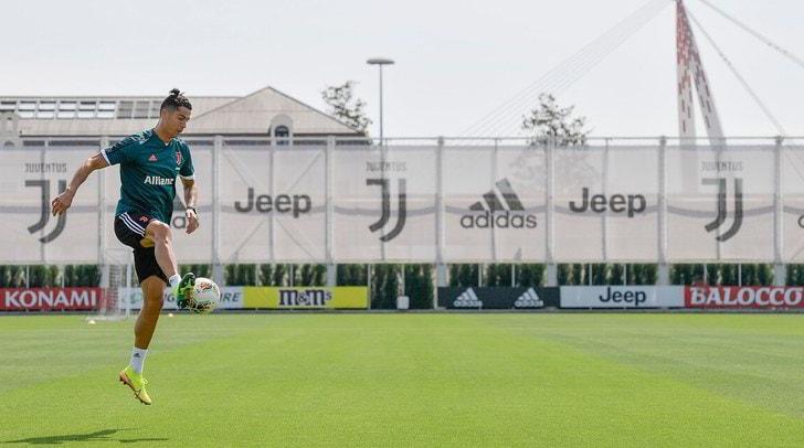 Juve: Ronaldo, Chiellini e Demiral si allenano a parte