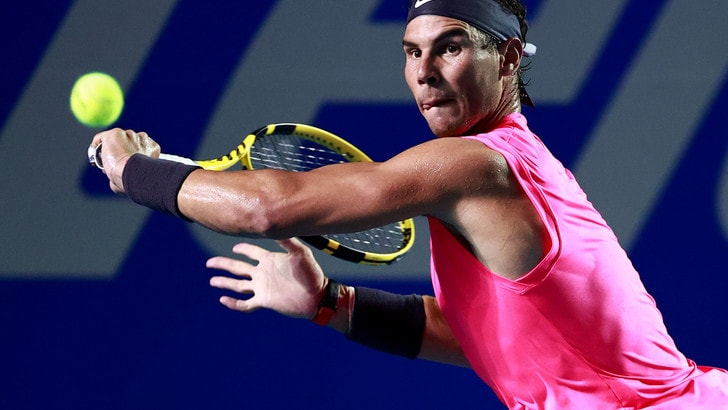 Nadal attacca: