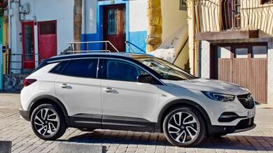 Opel Grandland X, test su strada VIDEO