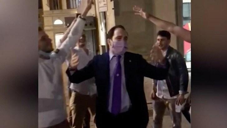 Fiorentina, le scuse per i cori blasfemi di Commisso Jr: