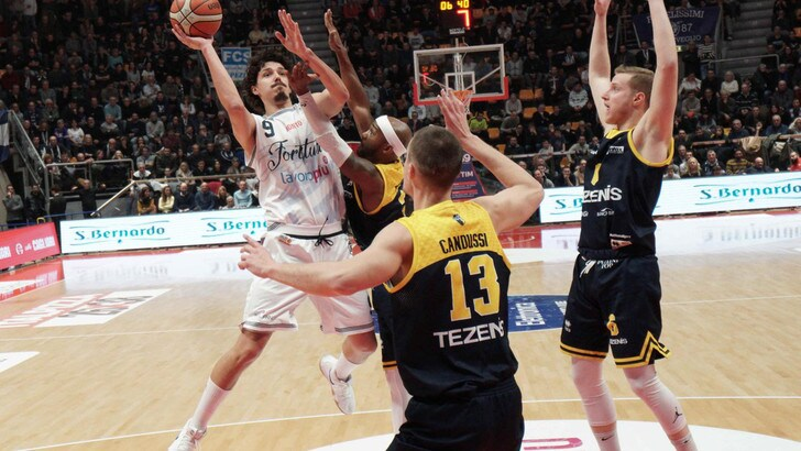 La Lega Basket propone alla Tezenis Verona di partecipare alla Serie A