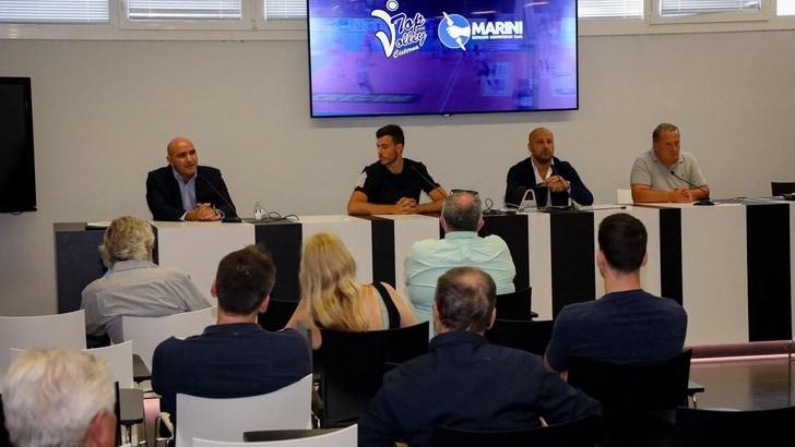 Cavuto presentato alla stampa dalla Top Volley