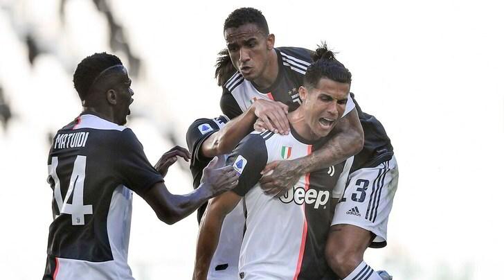 Serie A, Juve-Torino 4-1: Dybala, Cuadrado e Ronaldo show. Il gol di Belotti non basta