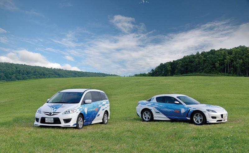 Mazda, divertimento e sostenibilità: gli scatti