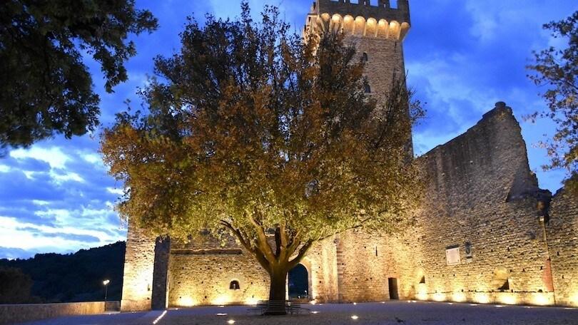 Da Lerici alla foce del Magra, tra borghi e antichi castelli