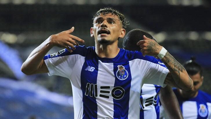 Torino, si tratta col Porto per Tiquinho Soares: costa 15 milioni