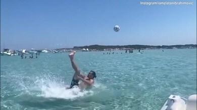 Ibra, rovesciata spettacolare in acqua!