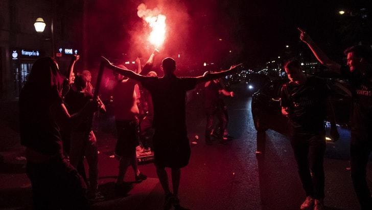 Champions, revocato il divieto di indossare la maglia del Paris Saint Germain a Marsiglia
