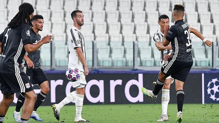 È di Cristiano Ronaldo il gol più bello della Champions. 3° Cuadrado