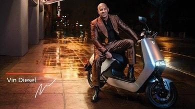 Vin Diesel nello spot di lancio dello scooter elettrico Yadea G5