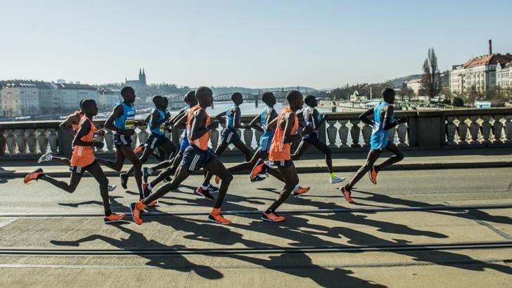 RunCzech e Napoli Running annunciano la Prague 21.1 Km