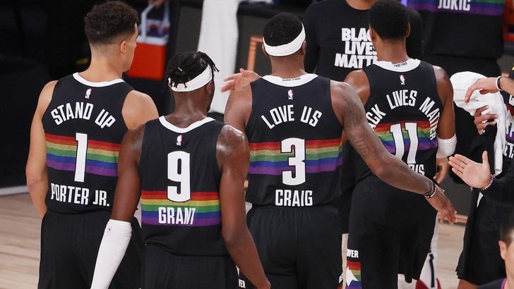 NBA, Utah Jazz eliminati da Denver. Toronto crolla contro Boston