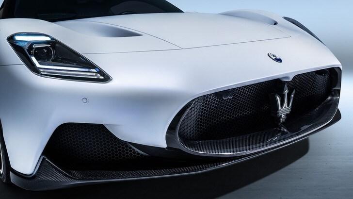 Maserati MC20, supercar