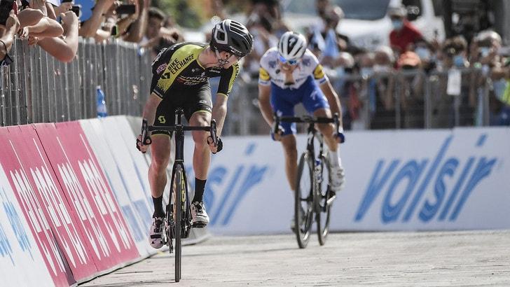 Tirreno-Adriatico, Hamilton beffa Masnada. Nibali si stacca