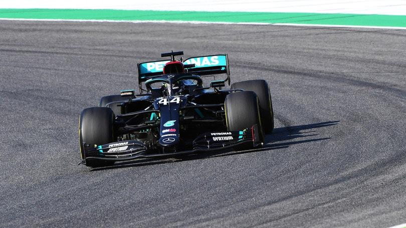 Gp Toscana, Ferrari indietro con Leclerc e Vettel. Hamilton trionfa al Mugello