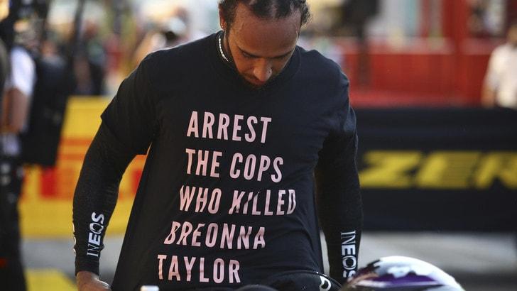 F1, maglietta antirazzista di Hamilton: niente investigazioni dalla Fia