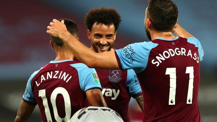 Carabao Cup: avanzano Newcastle, Aston Villa e il West Ham di Felipe Anderson