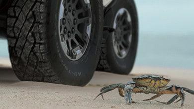 GMC Hummer EV si muove come il granchio: debutto il 20 ottobre