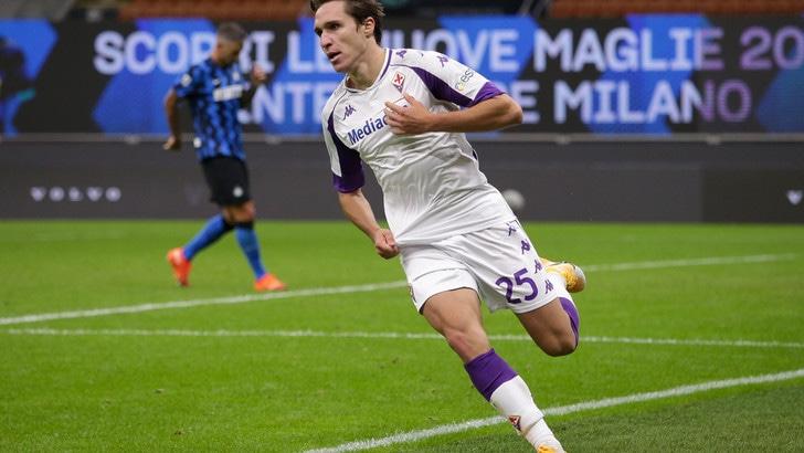 Juventus, la Fiorentina non blinda Chiesa. Riparte l'assalto, con il freno Douglas