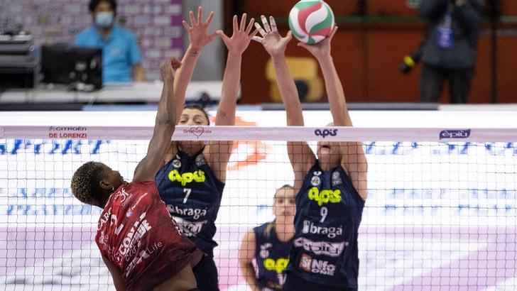Casalmaggiore vince netto l'anticipo con Perugia