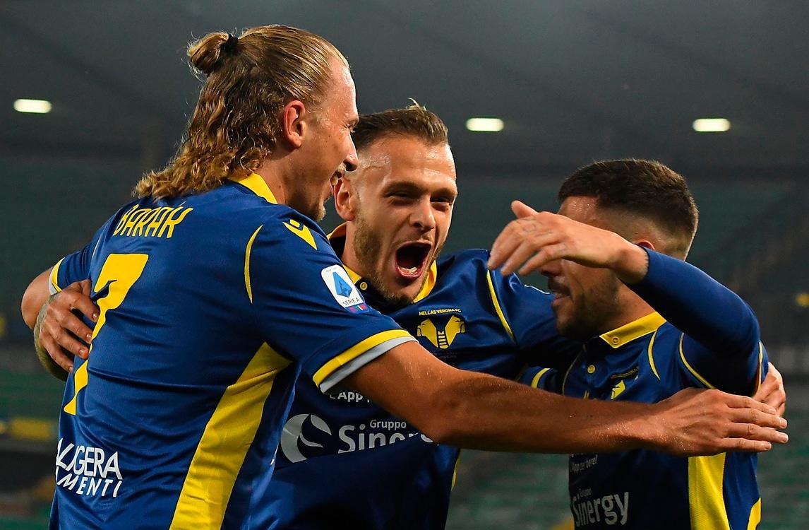 Barak trascina il Verona con due gol, il Benevento di Inzaghi va ko