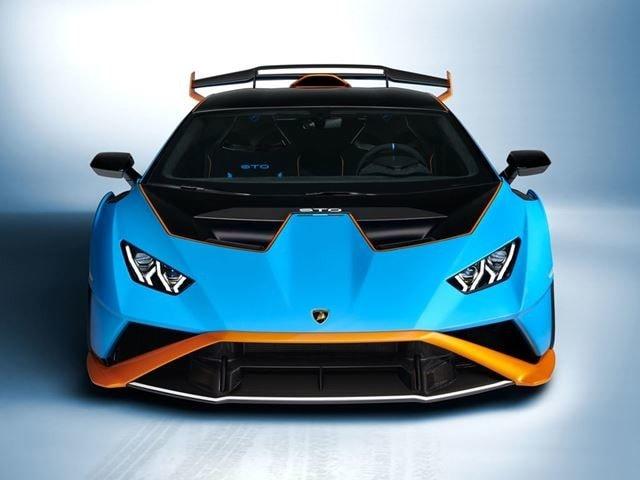 Nuova Lamborghini Huracan STO: la carica dei 640 cv dalla pista alla strada