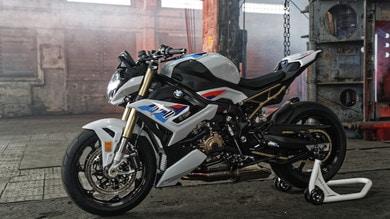 BMW S 1000 R 2021, più potente e leggera