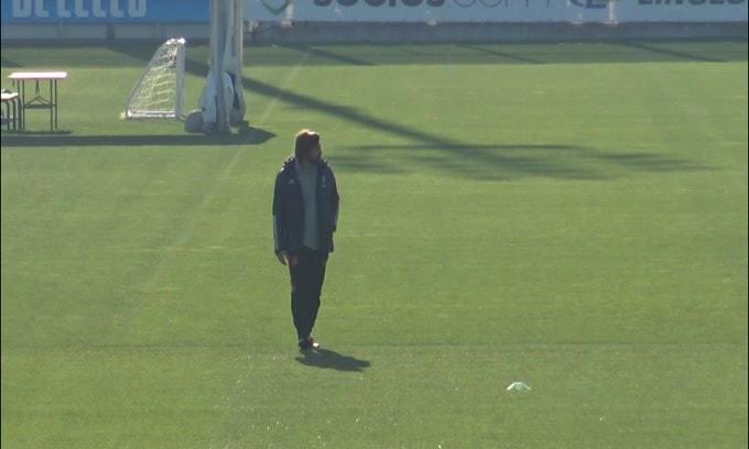 Juve, Andrea Pirlo e la squadra in campo per preparare la Champions