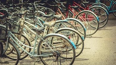 Bonus mobilità, partiti i primi bonifici per bici e monopattini
