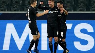 Il Borussia M. cala il poker, ok l'Ajax. City e Bayern volano agli ottavi, pari Atletico