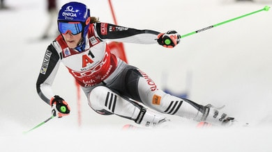 Coppa del mondo sci, Vlhova trionfa anche nel parallelo