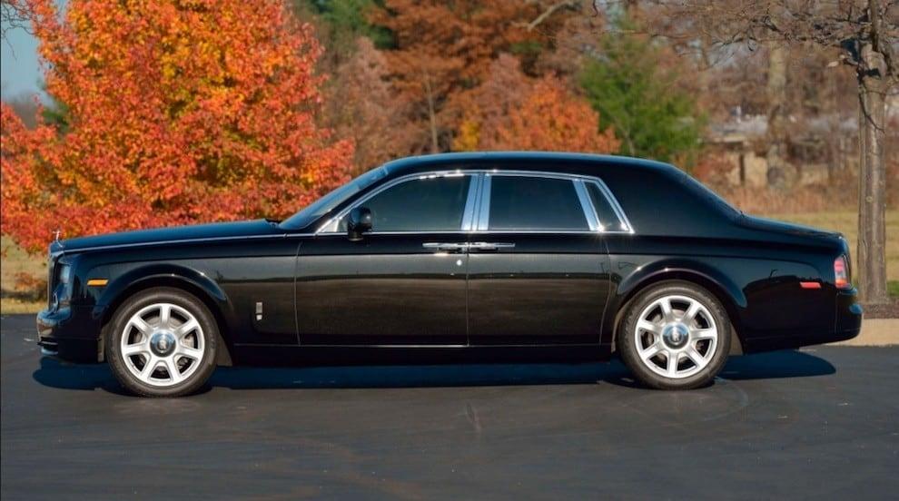Rolls Royce Phantom di Donald Trump all'asta: gli scatti