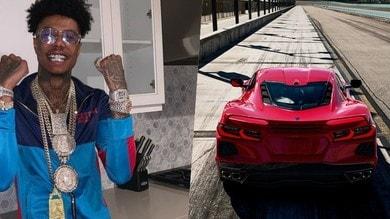 Corvette C8 a folle velocità in strada: protagonista un rapper scellerato