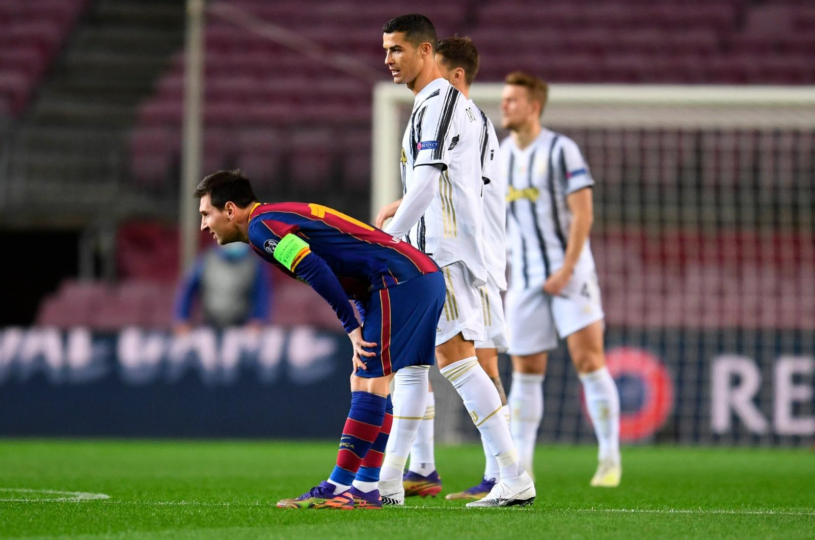 Ronaldo, che abbracci con Messi e Pjanic!