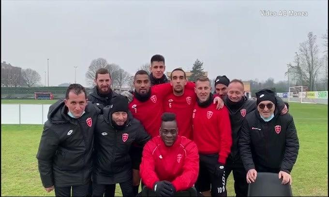 """Monza, la carica di Boateng e Balotelli: """"Dai bagaj"""""""