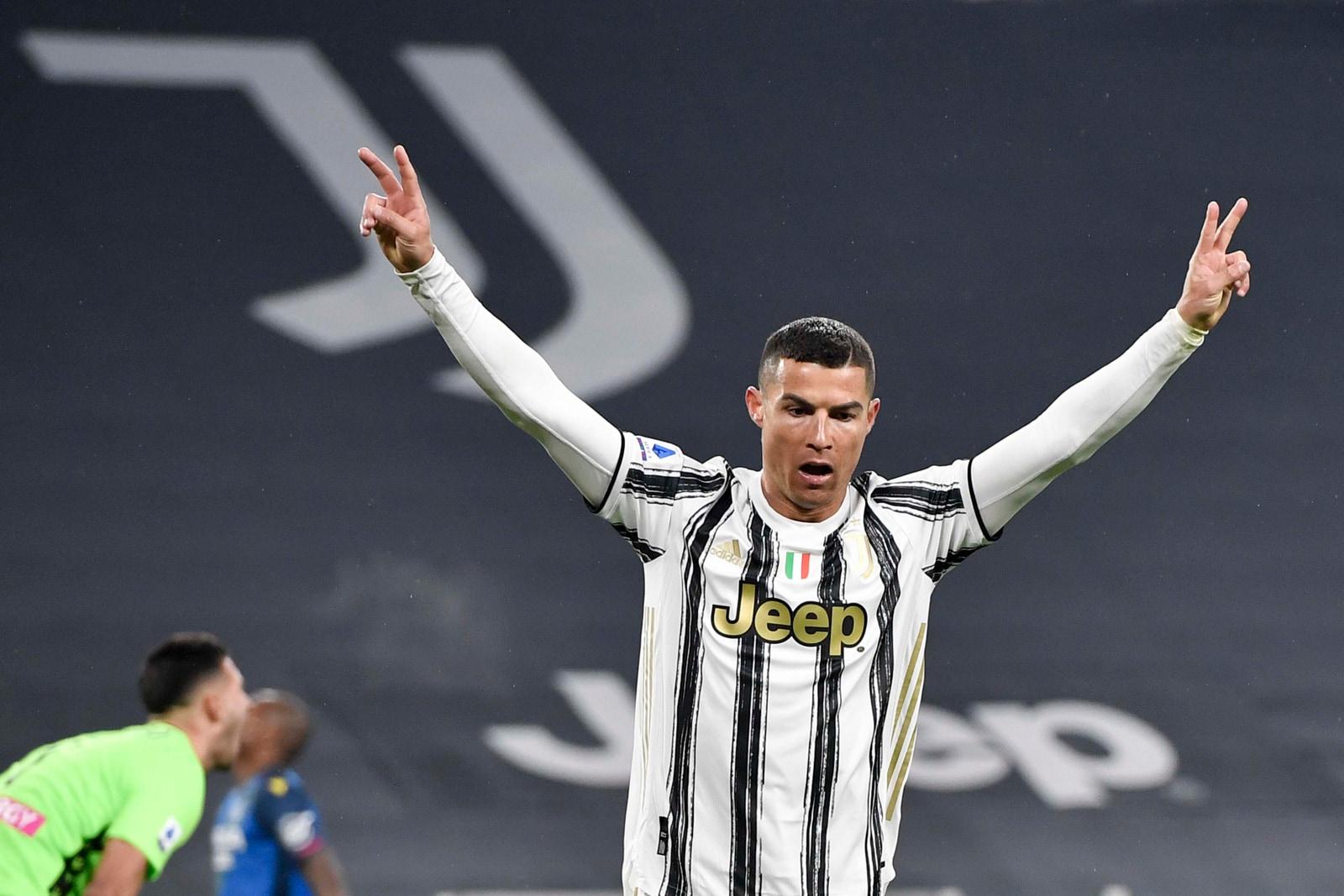 Ronaldo da impazzire: doppietta e assist. Poker Juve sull'Udinese