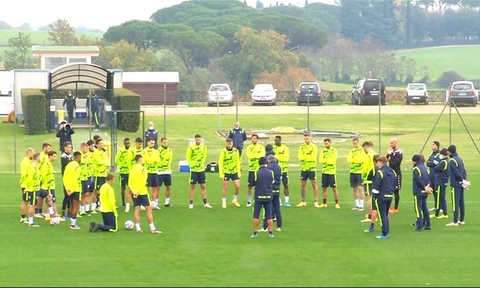 Roma, Pedro si allena con la squadra