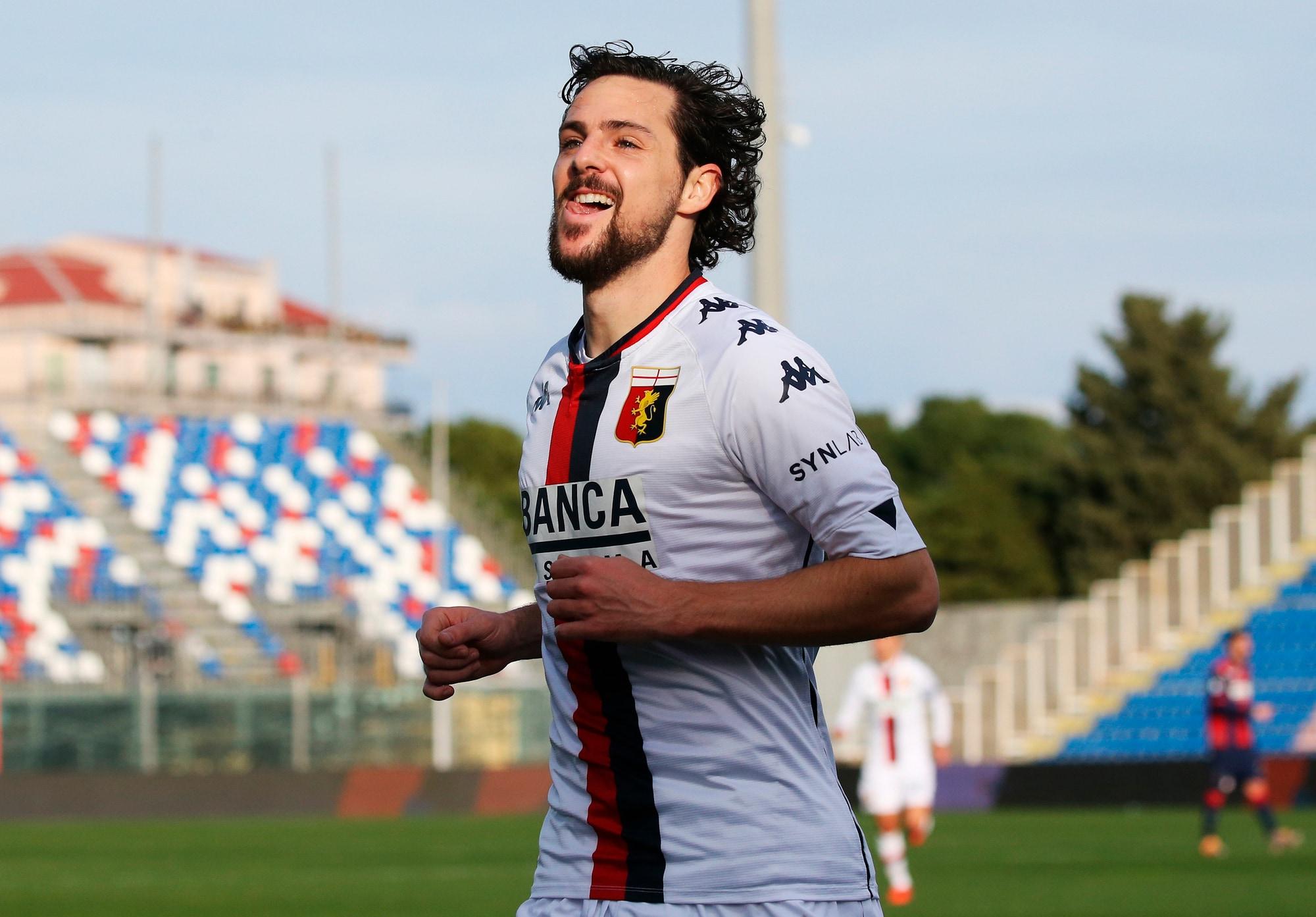 Doppietta di Destro e primo gol di Czyborra: tris Genoa al Crotone