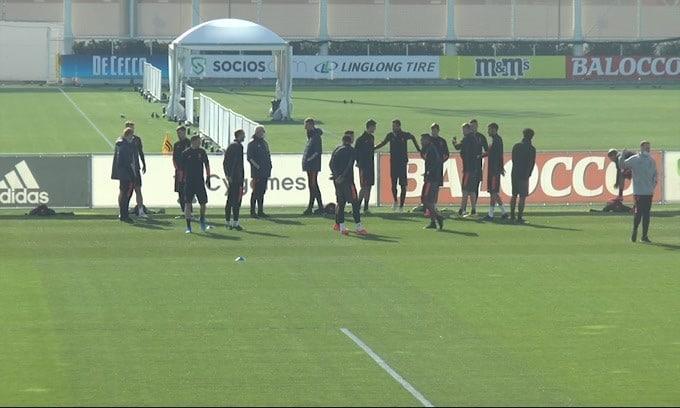 Allenamento Juve: Ramsey e Dybala in gruppo