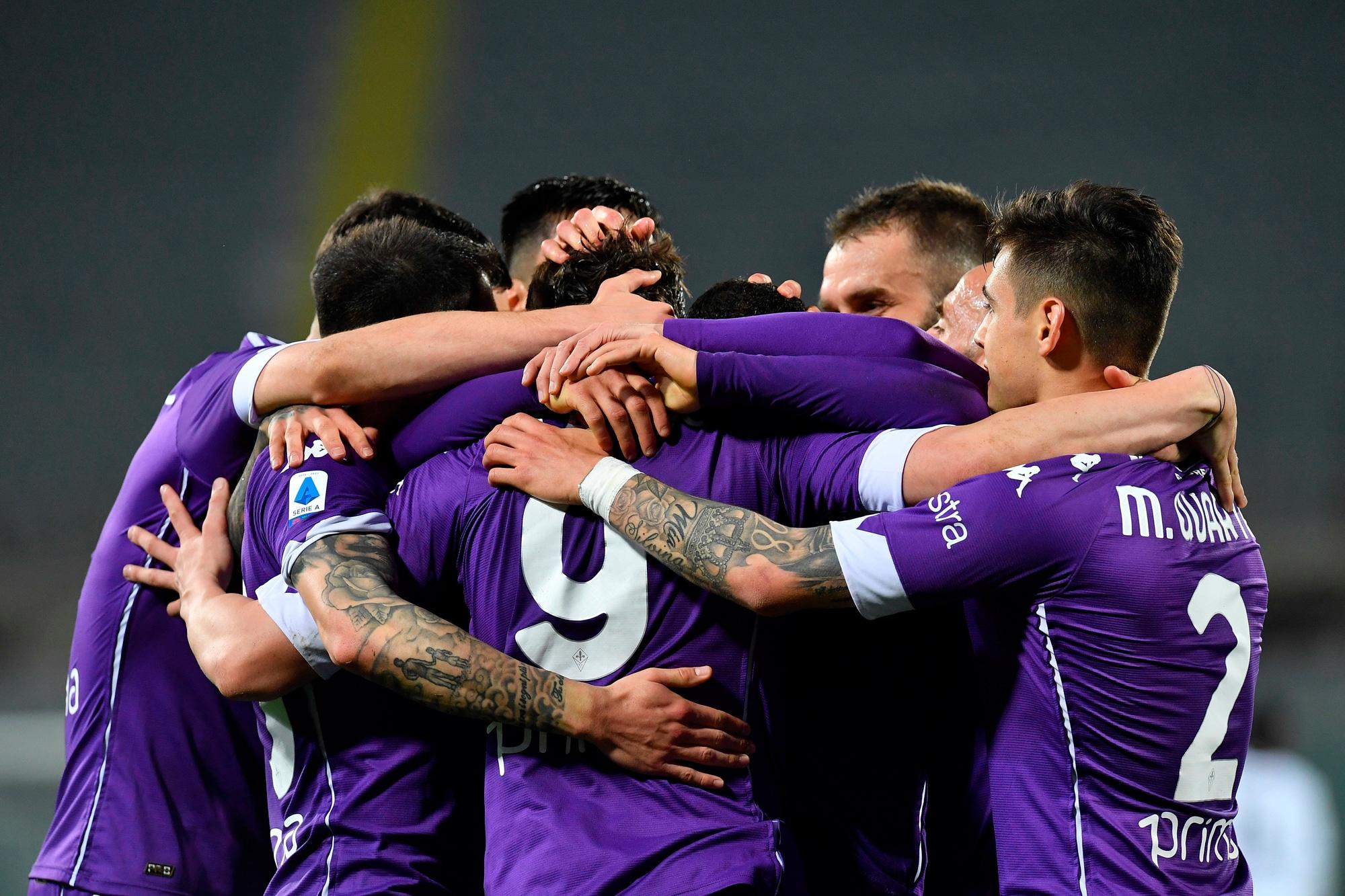 Prandelli batte Italiano: tris della Fiorentina allo Spezia