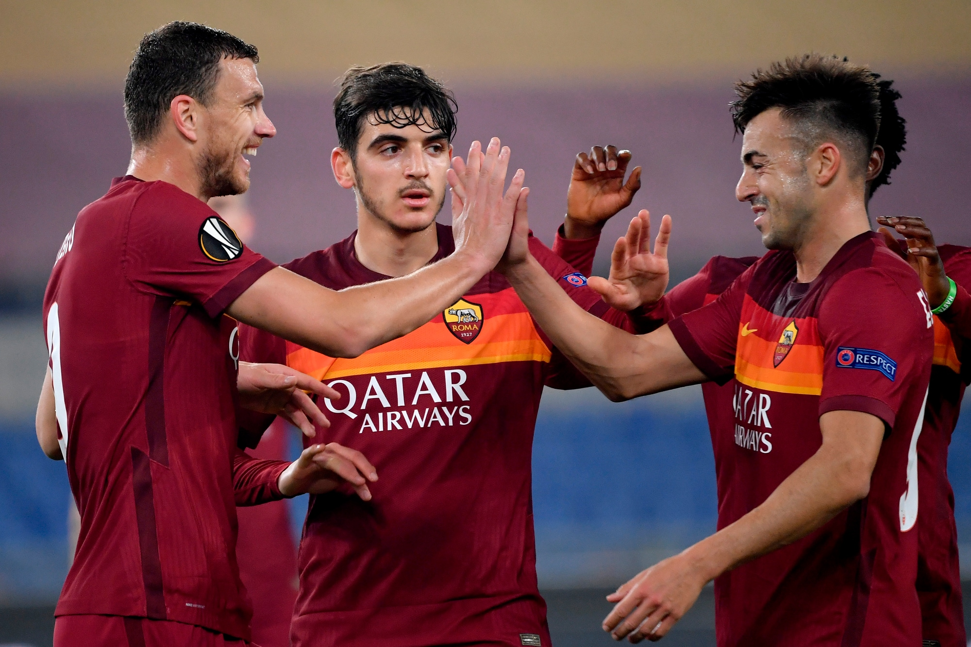 Festa Roma, ottavi di Europa League! Dzeko supera Totti