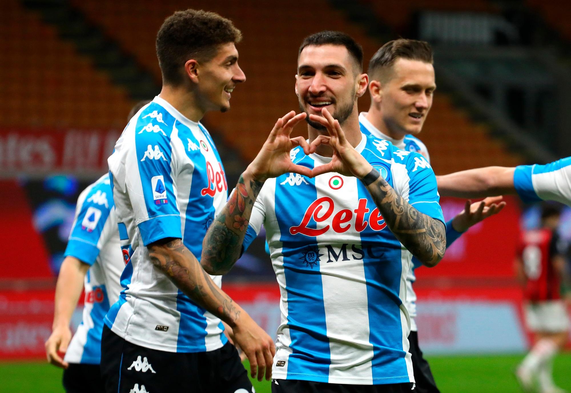 """Politano decide Milan-Napoli: Gattuso fa festa nel """"suo"""" Meazza"""
