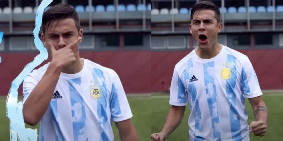 Dybala modello! Posa con la nuova maglia dell'Argentina