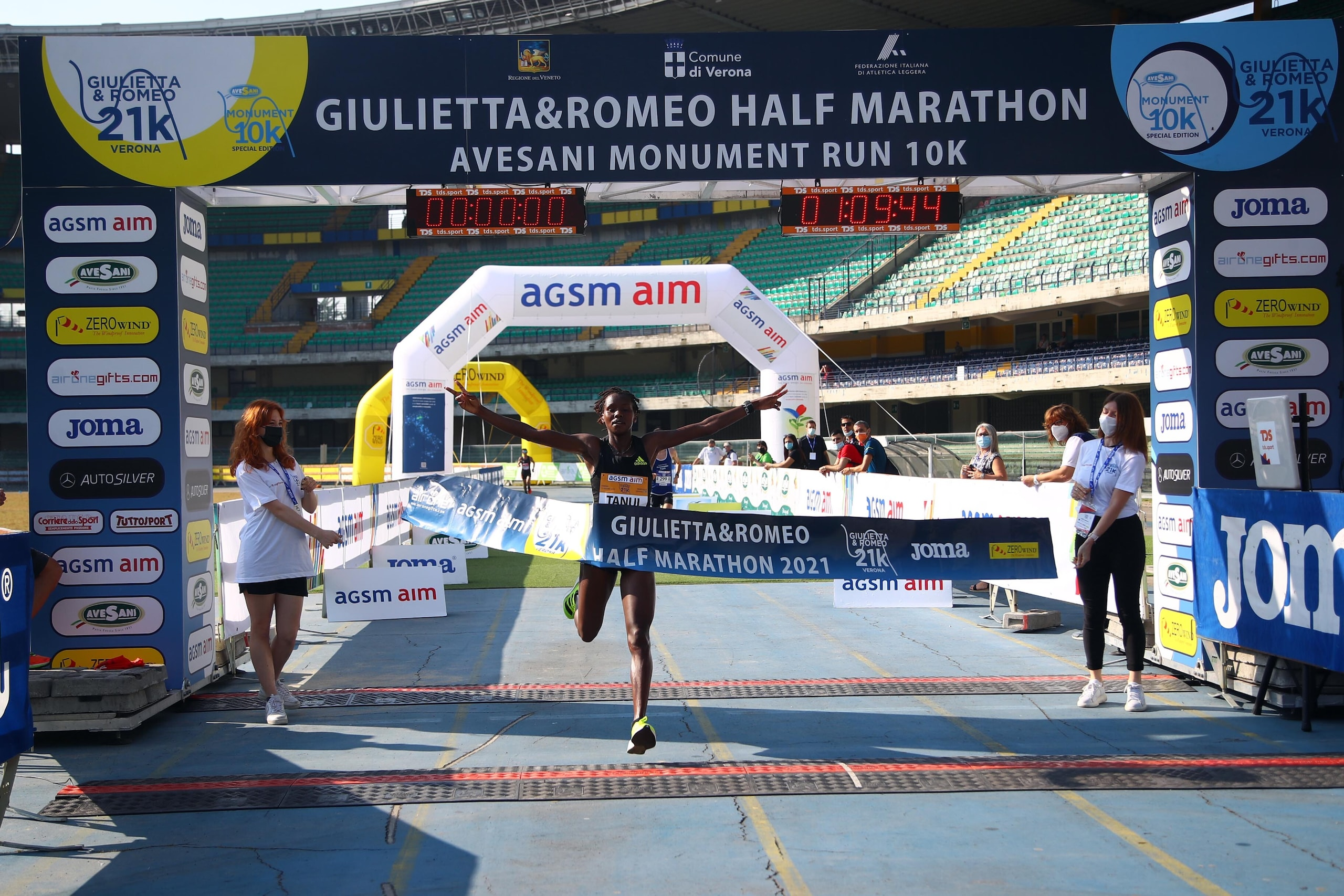 Con Eyob Faniel e Giovanna Epis la Giulietta&Romeo Half Marathon è…olimpica. Trionfa Angela Tanui