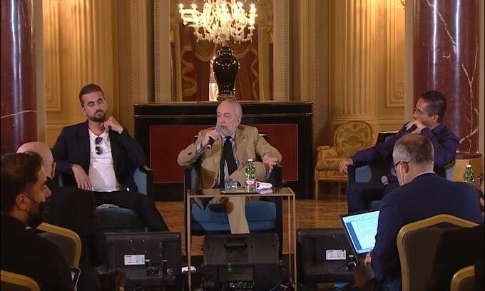 """De Laurentiis attacca la Fifa: """"Qatar 2022 è una superc****a"""""""