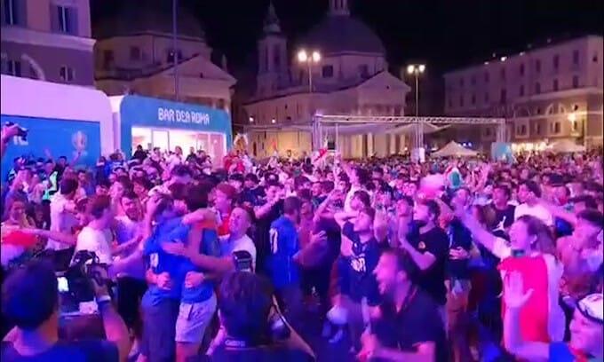L'Italia è in finale, delirio dei tifosi azzurri!